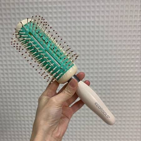 Combs, Hair Brushes